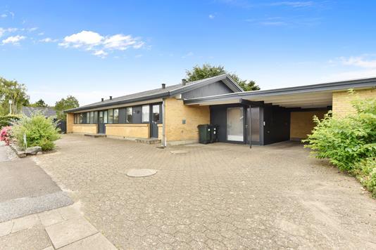 Villa på Solbrinken i Vildbjerg - Ejendommen