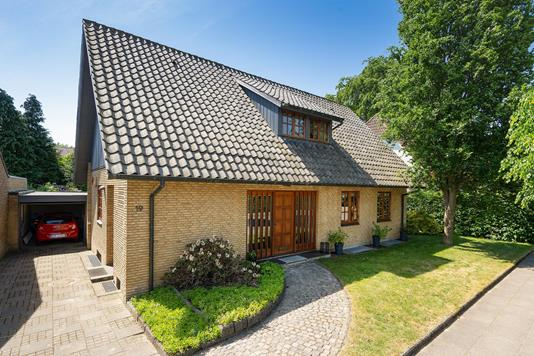 Villa på Dalgas Alle i Herning - Ejendommen