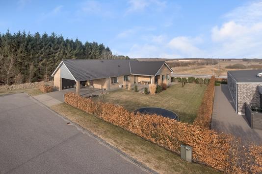 Villa på Højgårdvænget i Herning - Ejendommen