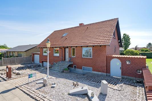 Villa på Højgårdvej i Herning - Ejendommen