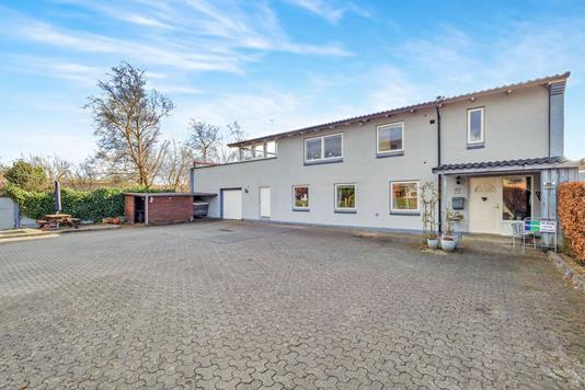 Villa på Islandsvej i Herning - Ejendommen