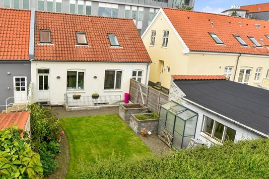 Rækkehus på Bryggergade i Herning - Mastefoto