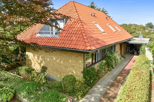 Villa på Svanevej i Herning - Ejendommen