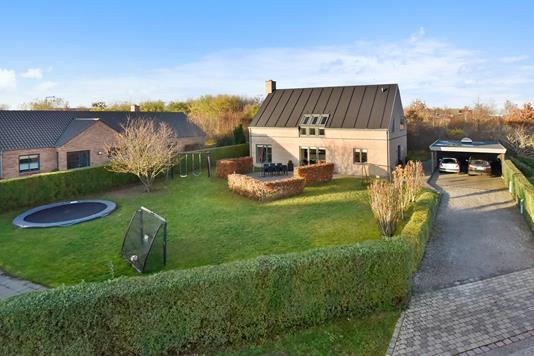 Villa på Rosenholmvej i Herning - Ejendommen