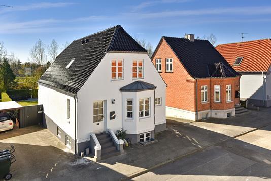 Villa på Lykkesvej i Herning - Ejendommen