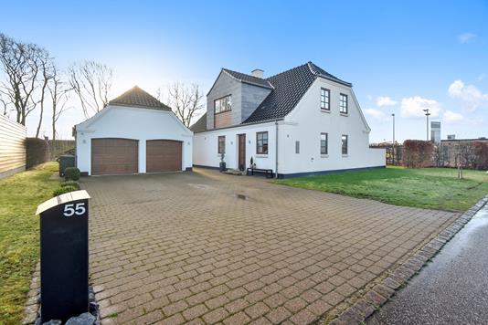 Villa på Linåtoften i Sunds - Ejendommen