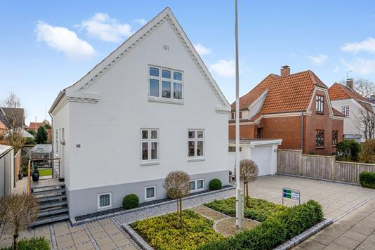 Villa på Langelandsvej i Herning - Ejendommen