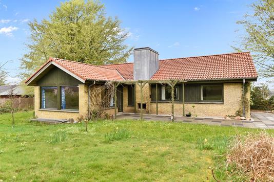 Villa på Ravnsbjerg Krat i Herning - Ejendommen