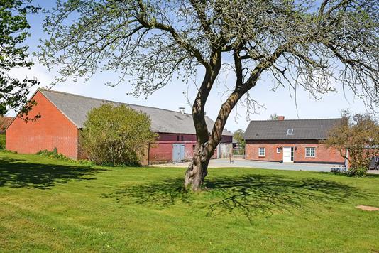 Villa på Roustvej i Årre - Ejendommen