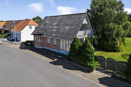 Villa på Kirkediget i Bramming - Ejendommen