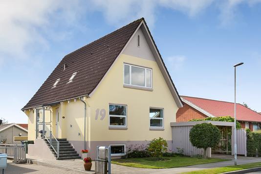 Villa på Rahbeks Alle i Esbjerg - Ejendommen