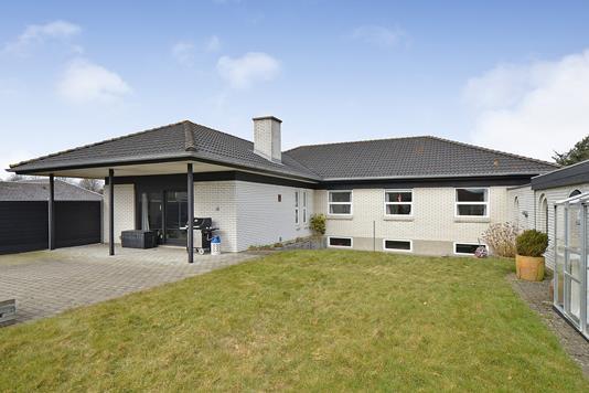 Villa på Granlunden i Esbjerg Ø - Ejendommen