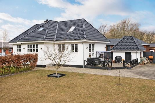 Villa på Bygaden i Bramming - Ejendommen