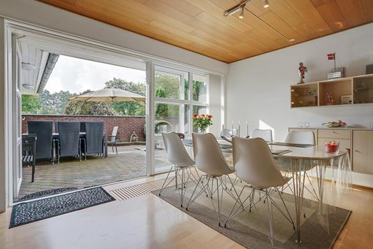 Villa på Hassellunden i Esbjerg Ø - Køkken alrum