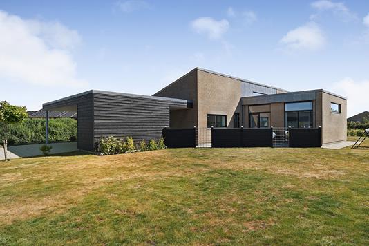 Villa på Vægtens Kvarter i Esbjerg V - Ejendommen