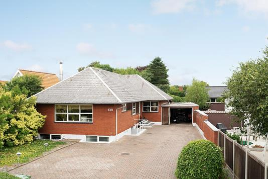 Villa på Hjerting Strandvej i Esbjerg V - Ejendommen
