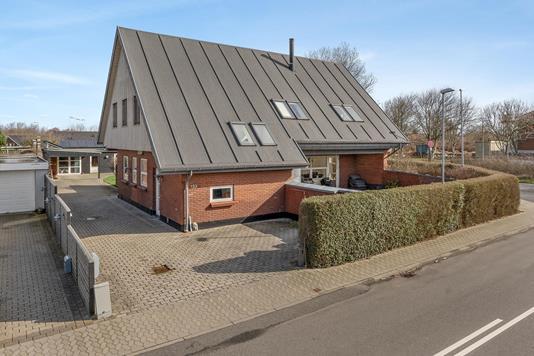 Villa på Kystparken i Esbjerg V - Ejendommen