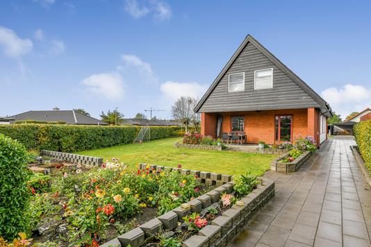 Villa på Holmebakken i Esbjerg - Ejendommen