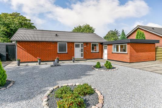 Villa på Enebærvej i Esbjerg N - Ejendommen