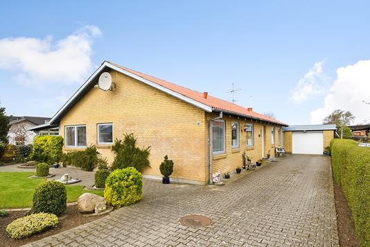 Villa på Vesterlund i Vinderup - Ejendommen