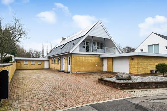 Villa på Kærnebidervej i Struer - Ejendommen