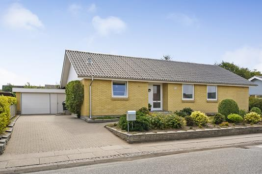 Villa på Søndervænget i Thyholm - Ejendommen