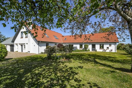 Villa på Volstrupvej i Hjerm - Ejendommen