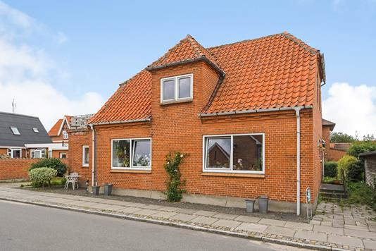 Villa på Jens Globs Alle i Thyholm - Ejendommen