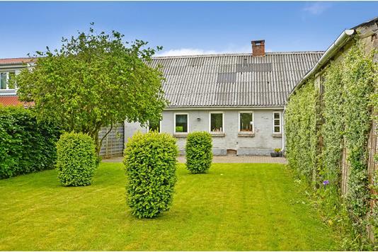 Villa på Øster Hjermvej i Hjerm - Ejendommen