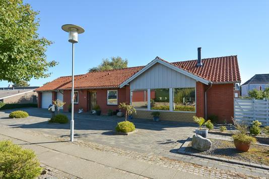 Villa på Rosenvænget i Struer - Ejendommen