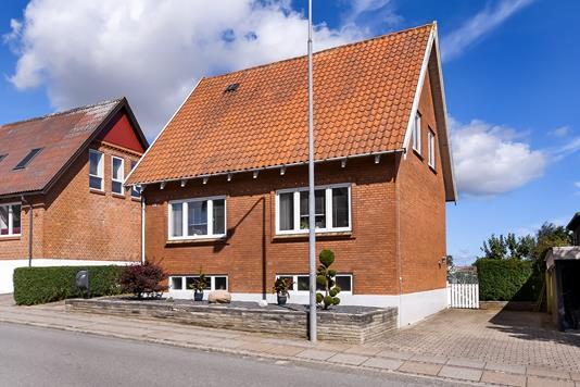 Villa på Ølbyvej i Struer - Ejendommen