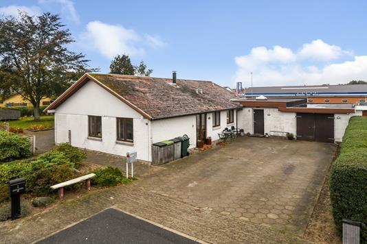 Villa på Åhavevej i Grindsted - Ejendommen