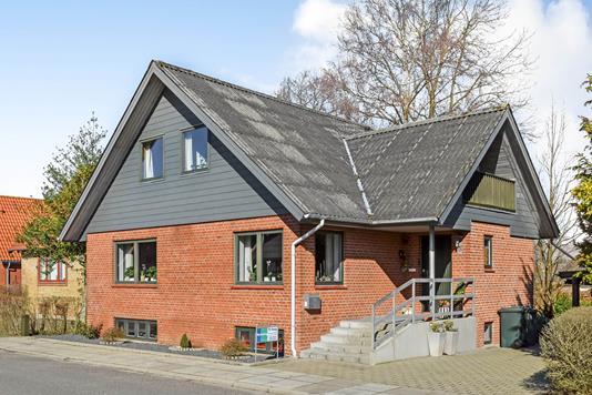 Villa på Granvej i Grindsted - Ejendommen