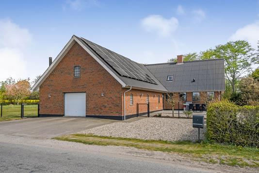 Villa på Trøllundvej i Hejnsvig - Ejendommen