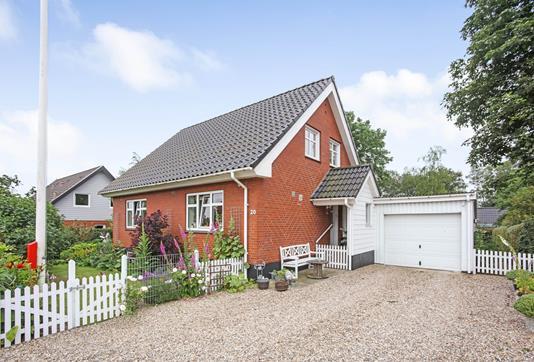 Villa på Nyvej i Hejnsvig - Ejendommen