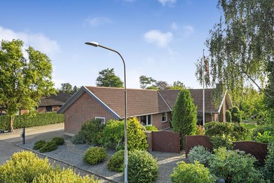 Villa på Dalsvinget i Grindsted - Ejendommen
