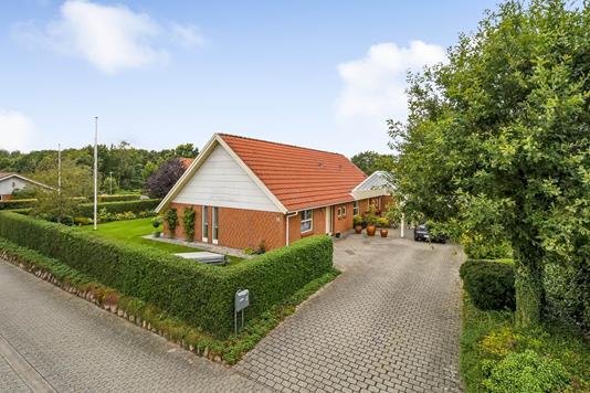 Villa på Lindevej i Grindsted - Ejendommen