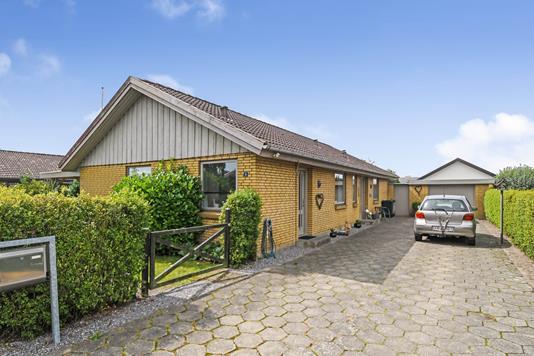 Villa på Rødsøvej i Grindsted - Ejendommen