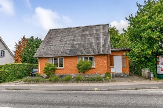 Villa på Østergade i Vorbasse - Ejendommen