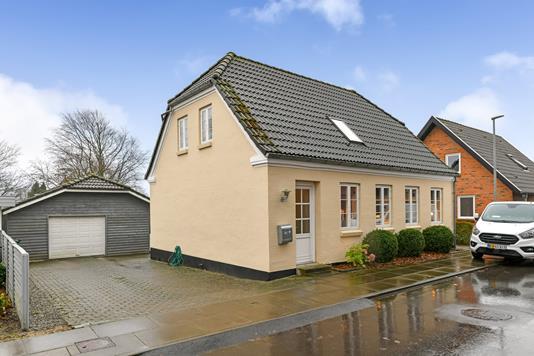 Villa på Rungborgvej i Hejnsvig - Ejendommen