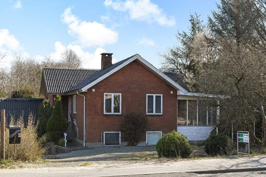Villa på Grindstedvej i Sønder Omme - Ejendommen