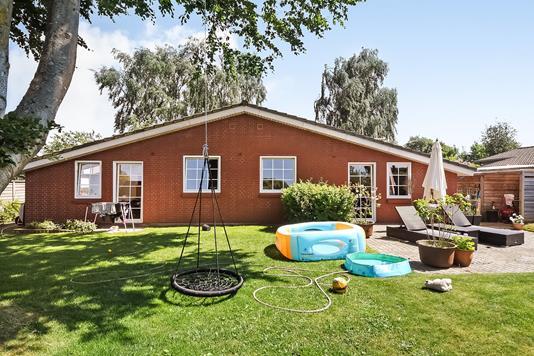 Villa på Pilevej i Grindsted - Have