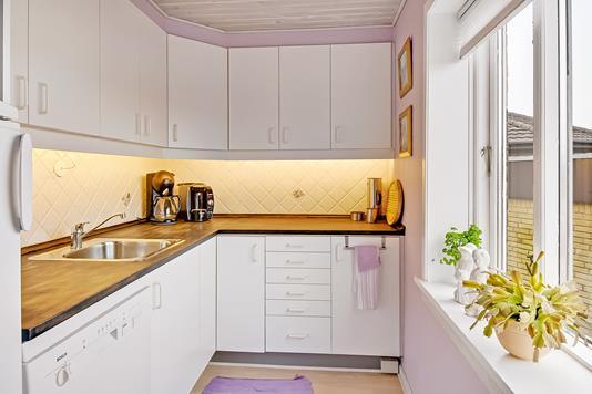 Ejerlejlighed på Nørregade i Vorbasse - Køkken