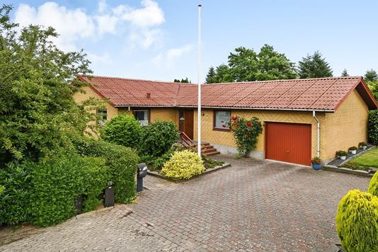 Villa på Højene i Hejnsvig - Ejendommen