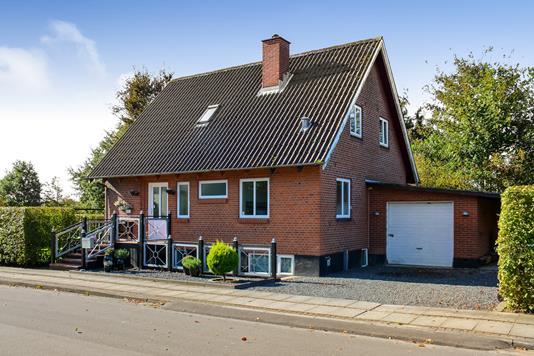 Villa på Vinkelvej i Grindsted - Ejendommen
