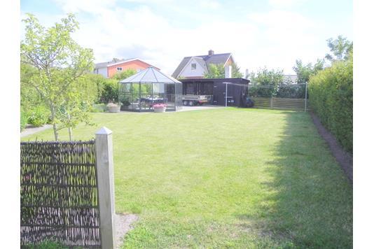 Villa på Bybakken i Hanstholm - Have