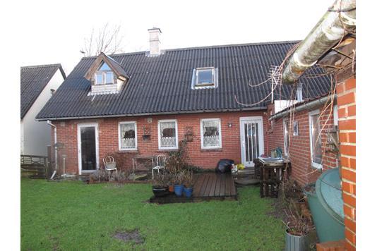 Villa på Kirkebyvej i Thisted - Bag facade