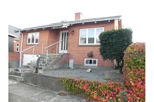 Villa på Storkevej i Frøstrup - Facade