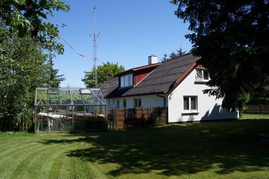 Villa på Fjordvej i Frøstrup - Ejendommen