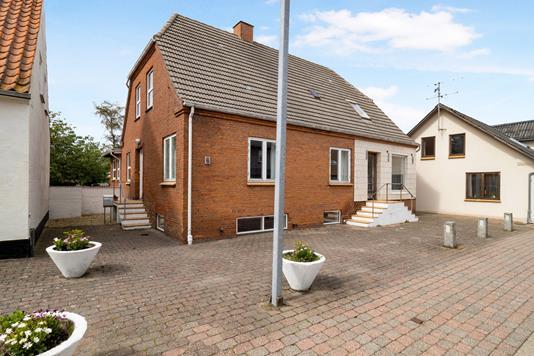 Villa på Søndergade i Frøstrup - Ejendom 1